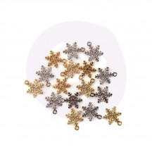 Prima Frank Garcia Christmas in the Country Snowflake Metal Charms 995409